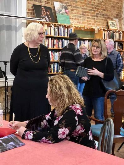 Scuppernong signing